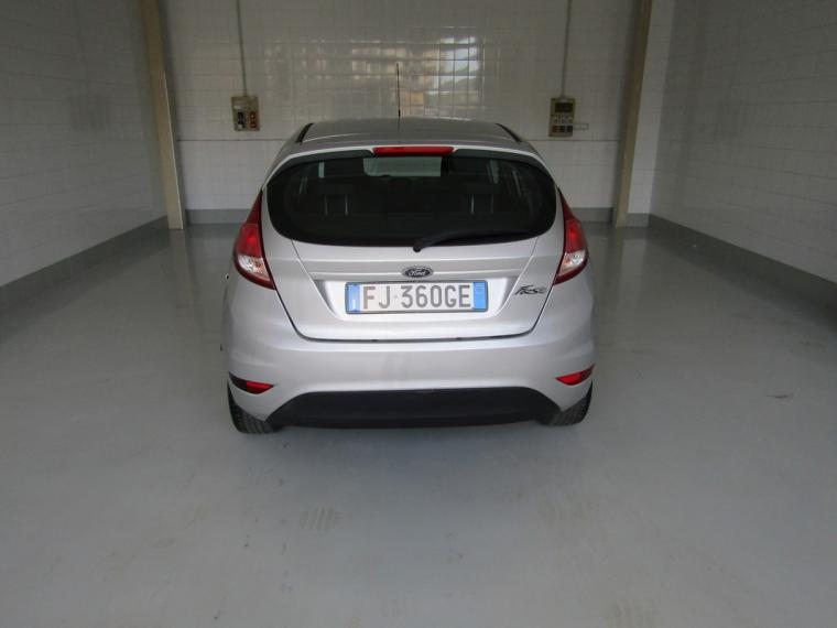 Ford Fiesta 1.5 TDCi 75 CV 5p. Business 2016 4