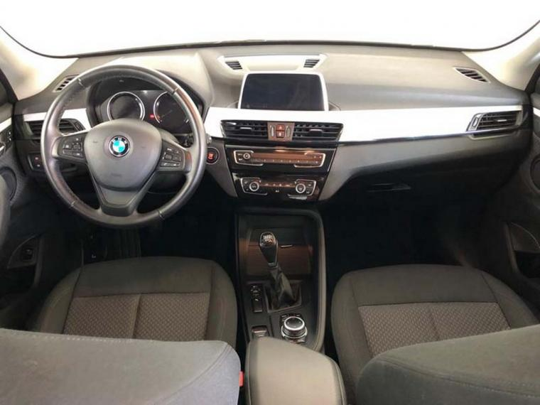 BMW X1 sDrive16d Business 2018 12