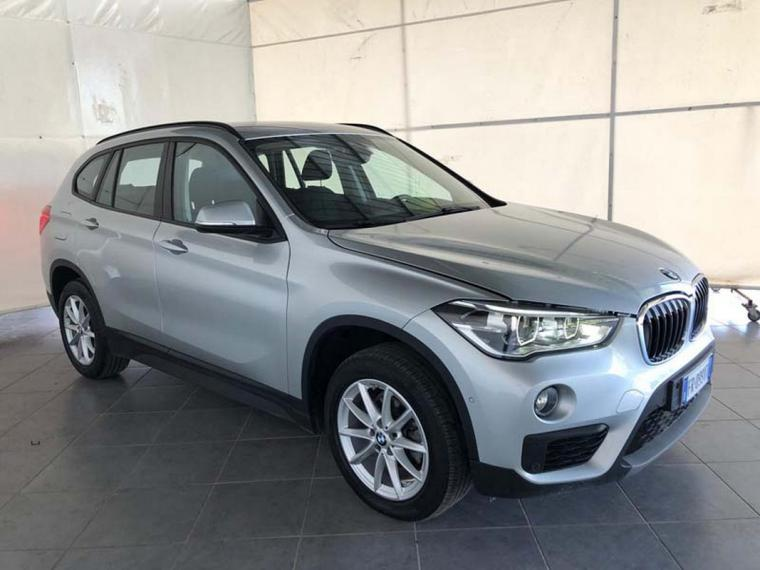 BMW X1 sDrive16d Business 2018 3