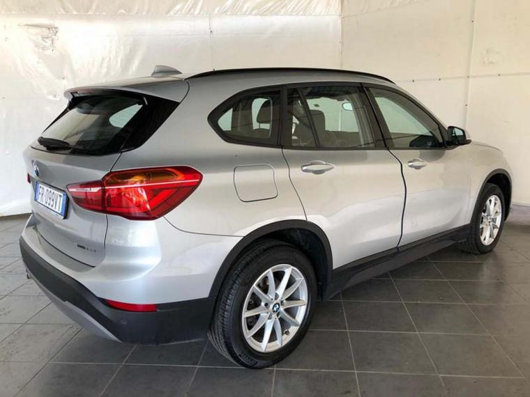 BMW X1 sDrive16d Business 2018 5