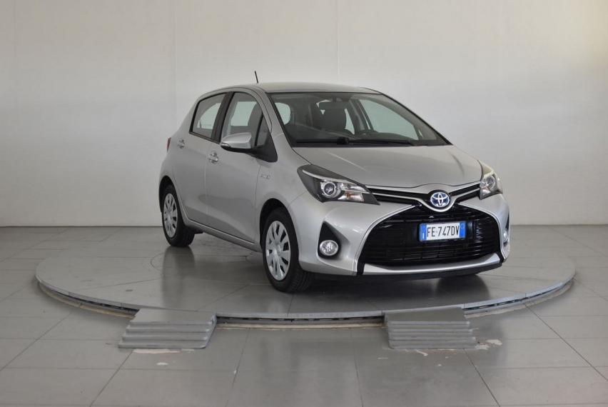 Toyota Yaris Hybrid 1.5 Hybrid 5p. Business 2015 3