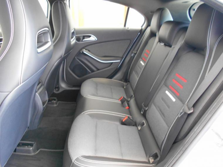 Mercedes-Benz Classe A A 180 d Business 2015 8