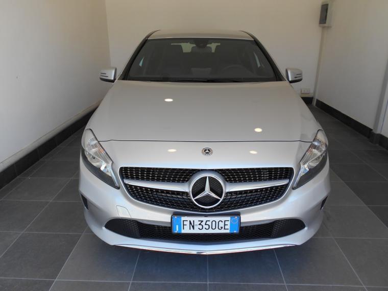 Mercedes-Benz Classe A A 180 d Business 2015 1