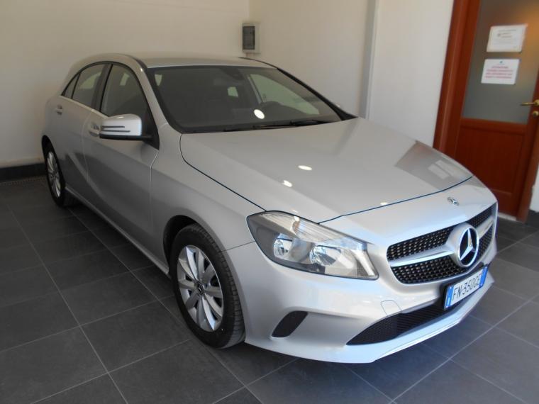 Mercedes-Benz Classe A A 180 d Business 2015 2