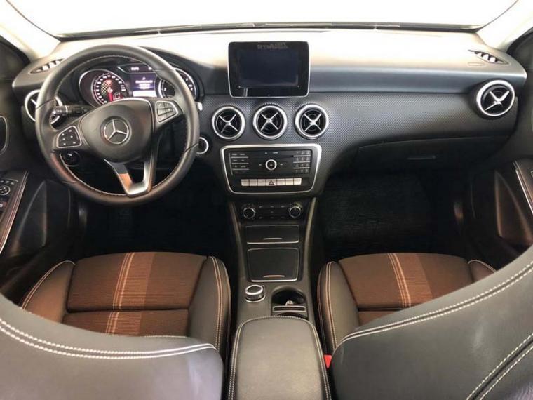 Mercedes-Benz Classe A A 180 d Automatic Sport 2015 14