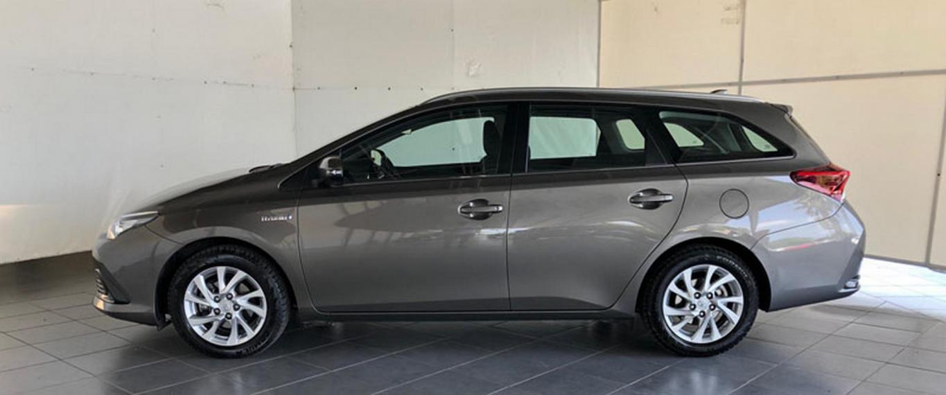 Toyota Auris Hybrid TS 1.8 Hybrid Business Touring Sports 2017 0