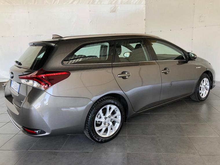 Toyota Auris Hybrid TS 1.8 Hybrid Business Touring Sports 2017 5