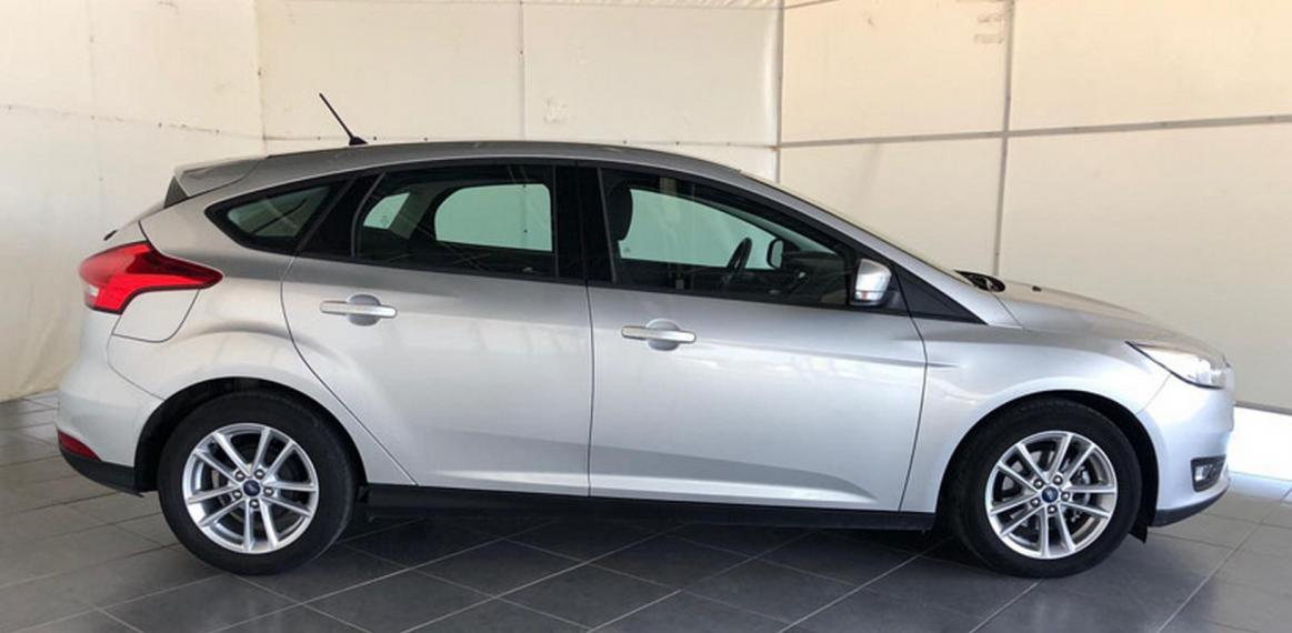 Ford Focus 1.5 TDCi 95 CV S&S Business 2014 4