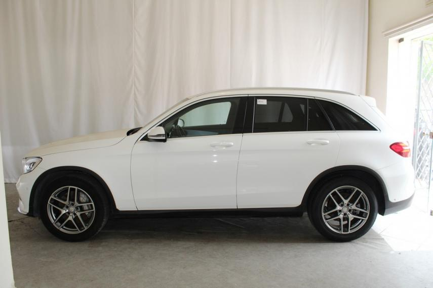 Mercedes-Benz GLC 220 d 4Matic Premium 2015 0