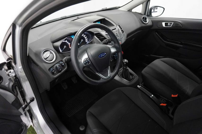 Ford Fiesta Plus 1.5 TDCi 95 CV 5p. 2015 12