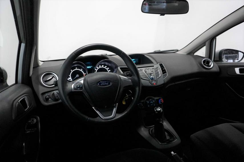 Ford Fiesta Plus 1.5 TDCi 95 CV 5p. 2015 13