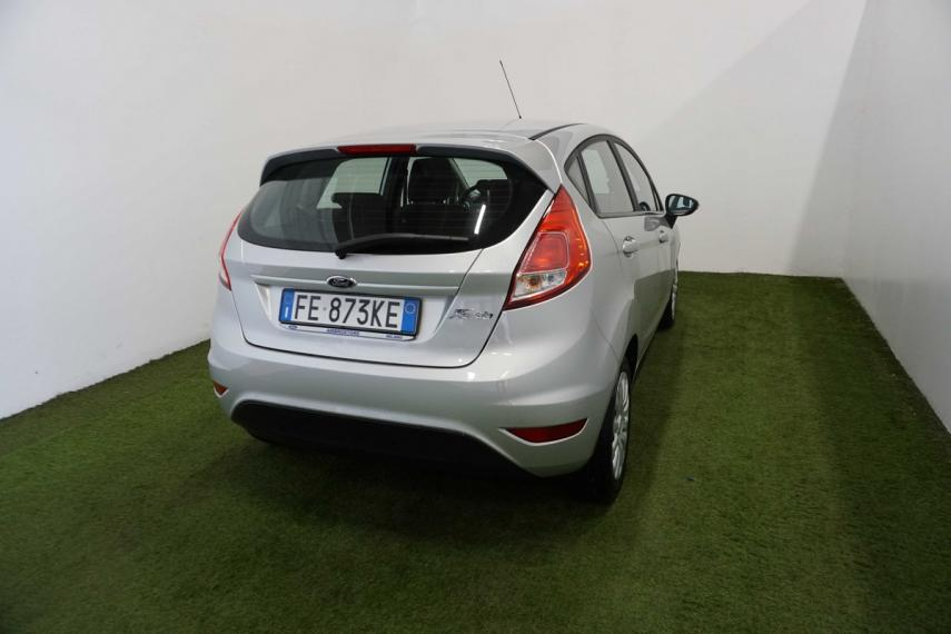 Ford Fiesta Plus 1.5 TDCi 95 CV 5p. 2015 4