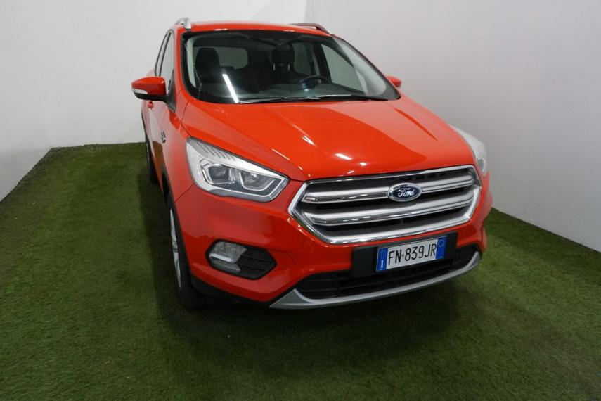 Ford Kuga 1.5 TDCI 120 CV S&S 2WD Business 2016 3