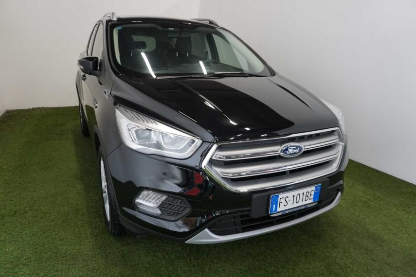 Ford Kuga 1.5 TDCI 120 CV S&S 2WD Powershift Business 2016 3