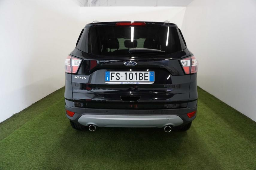Ford Kuga 1.5 TDCI 120 CV S&S 2WD Powershift Business 2016 6