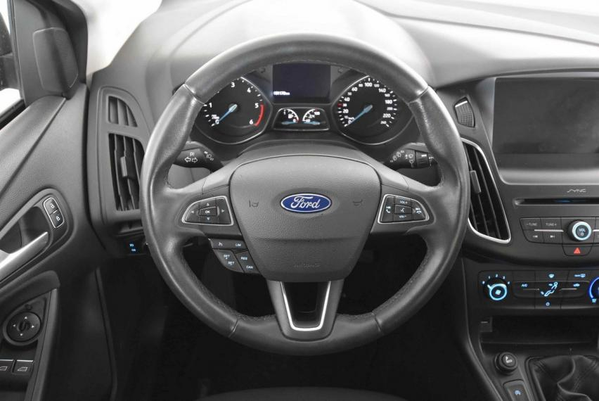 Ford Focus SW 1.5 TDCi 120 CV S&S Business Station Wagon 2015 14