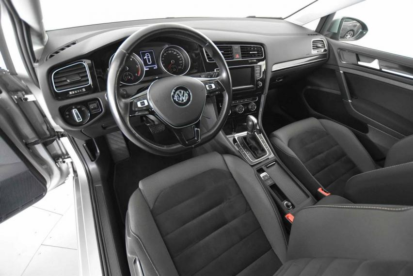 Volkswagen Golf Variant Business 1.6 TDI 110 CV DSG Highline BMT 2013 9