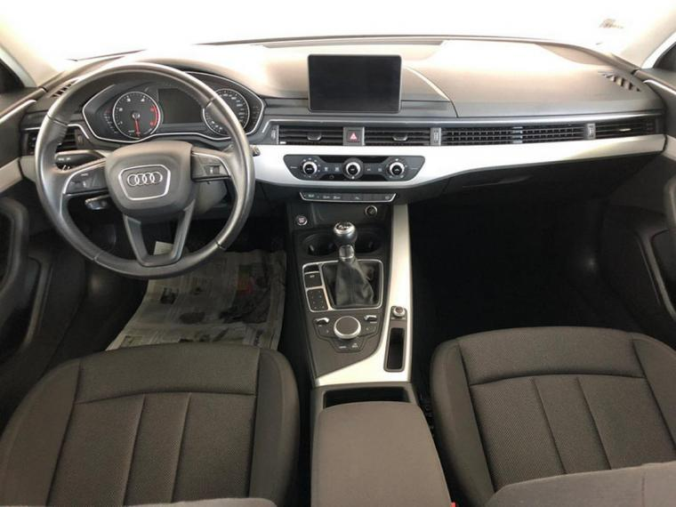 Audi A4 Avant 2.0 TDI 150 CV Business 2016 12
