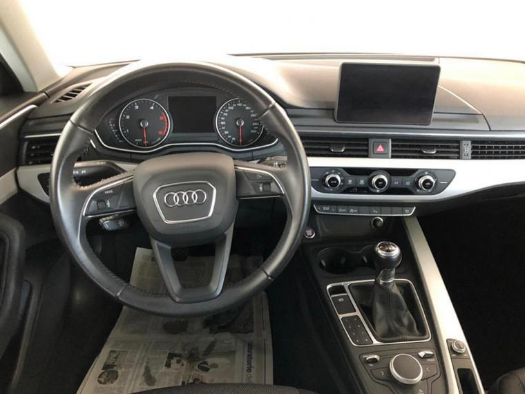 Audi A4 Avant 2.0 TDI 150 CV Business 2016 14