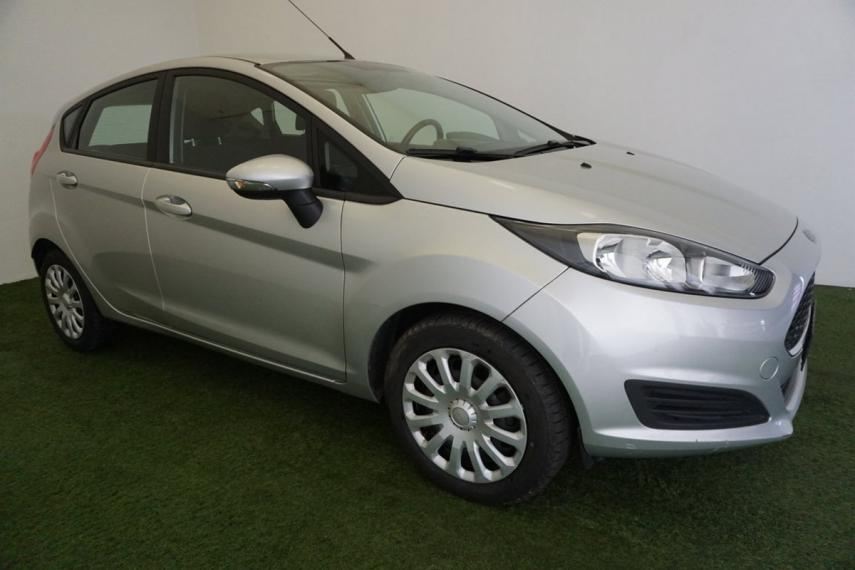 Ford Fiesta 1.5 TDCi 75 CV 5p. Business 2015 4