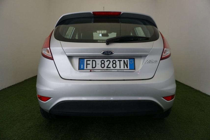 Ford Fiesta 1.5 TDCi 75 CV 5p. Business 2015 6