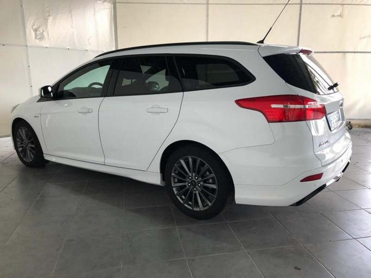 Ford Focus SW 1.5 TDCi 120 CV S&S ST Line Station Wagon 2016 1