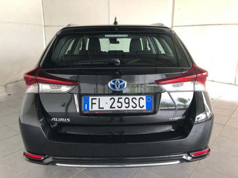 Toyota Auris Hybrid TS 1.8 Hybrid Business Touring Sports 2017 6