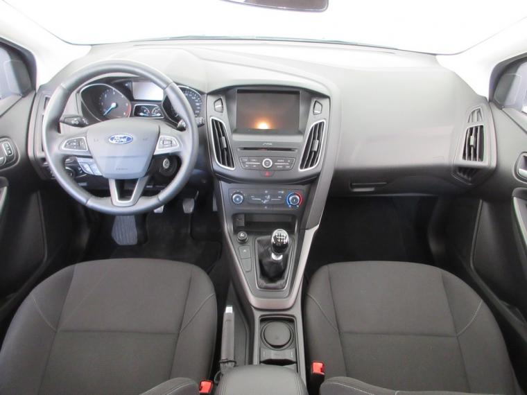 Ford Focus SW 1.5 TDCi 120 CV S&S Business Station Wagon 2015 10