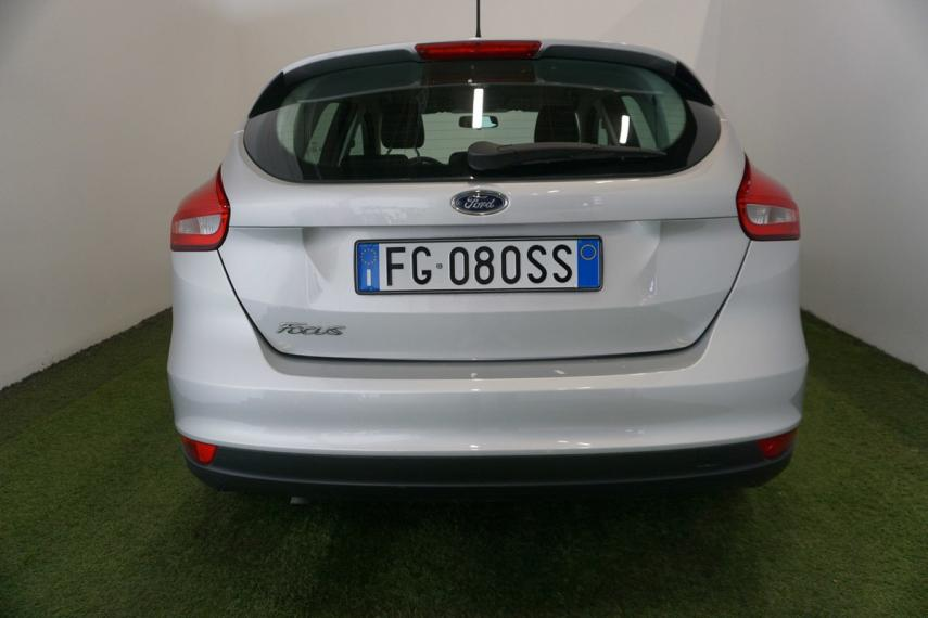 Ford Focus 1.5 TDCi 120 CV S&S Plus 2014 6
