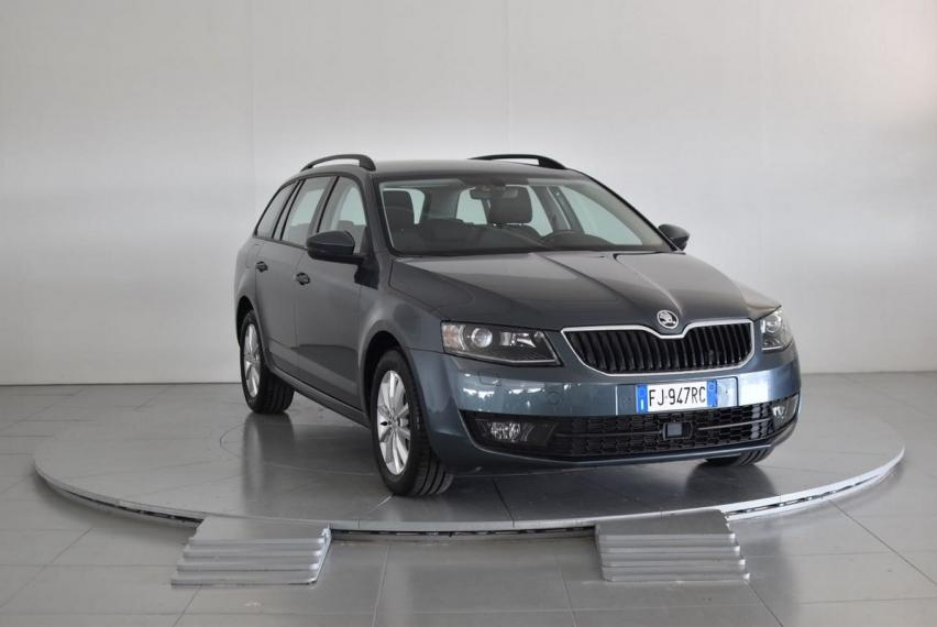 Skoda Octavia SW 1.6 TDI CR 110 CV Executive Plus Station Wagon 2016 3