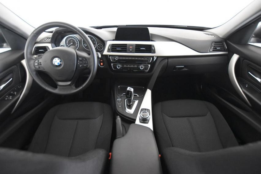Bmw Serie 3 Touring 318d Business Advantage aut. 2017 12