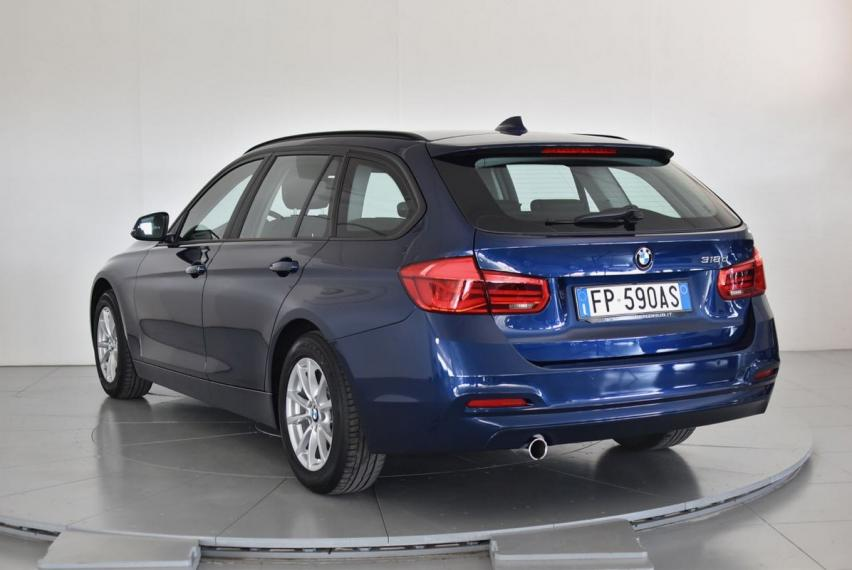 Bmw Serie 3 Touring 318d Business Advantage aut. 2017 1