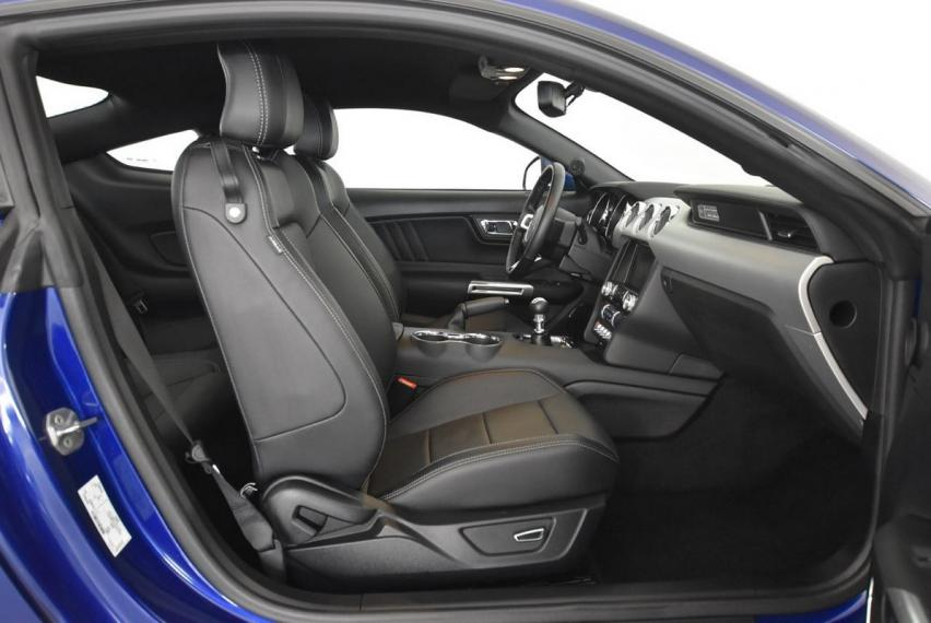 Ford Mustang Fastback 2.3 EcoBoost 2015 8