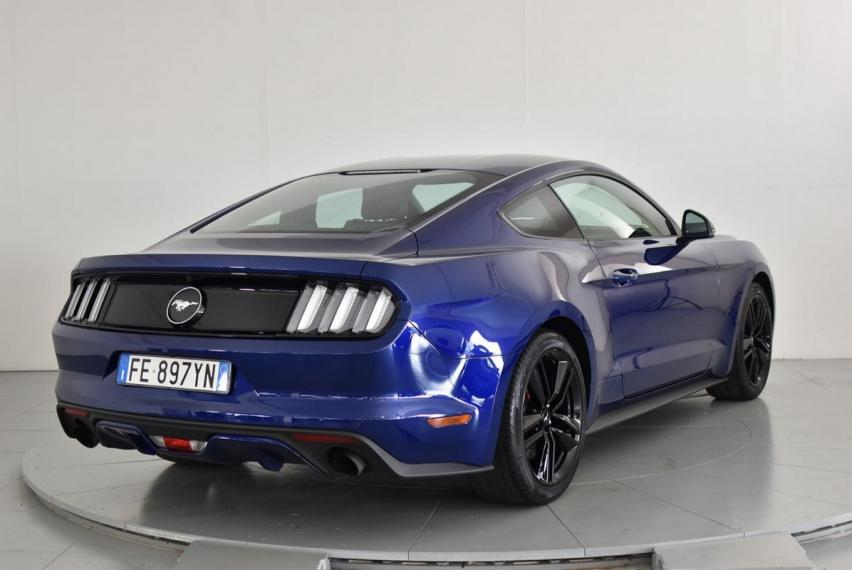 Ford Mustang Fastback 2.3 EcoBoost 2015 5