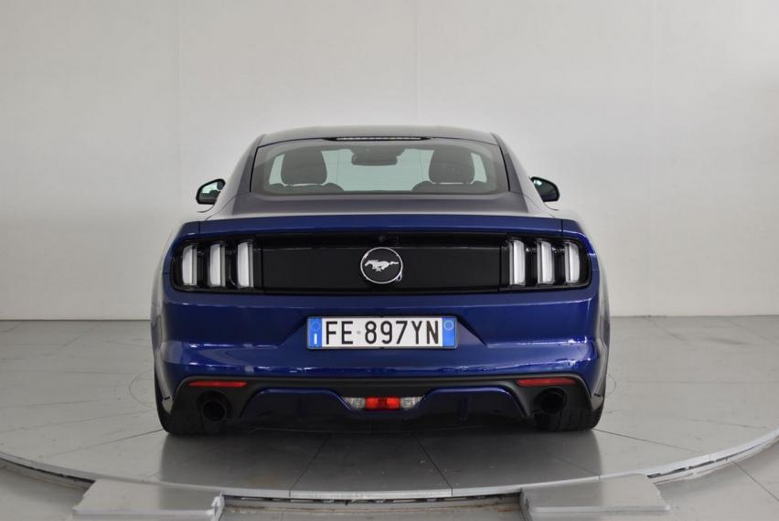 Ford Mustang Fastback 2.3 EcoBoost 2015 6
