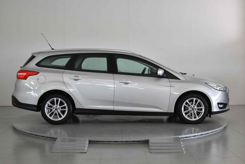 Ford Focus SW 1.5 TDCi 95 CV S&S Business Station Wagon 2014 4