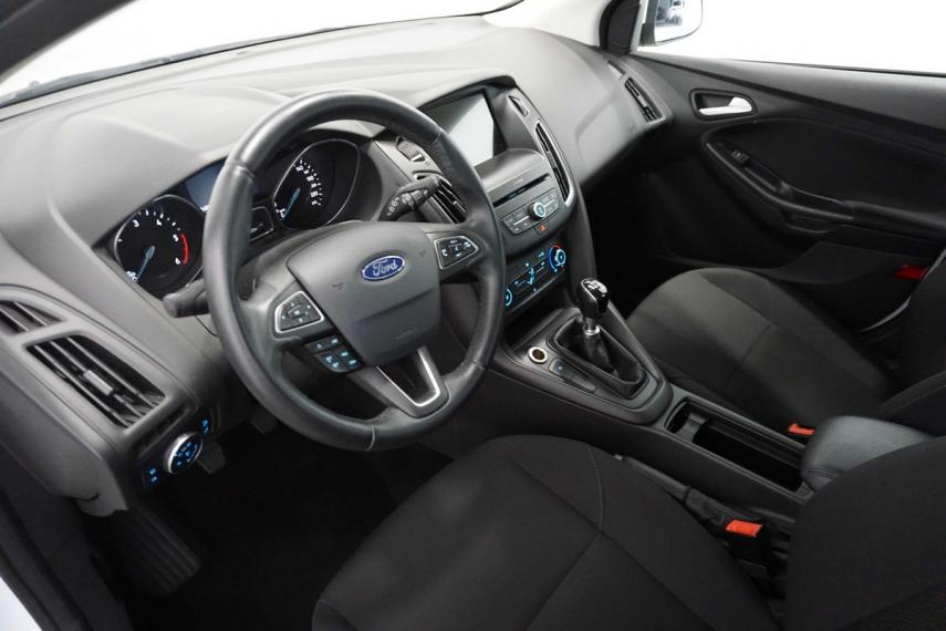 Ford Focus SW 1.5 TDCi 120 CV S&S Business Station Wagon 2015 13