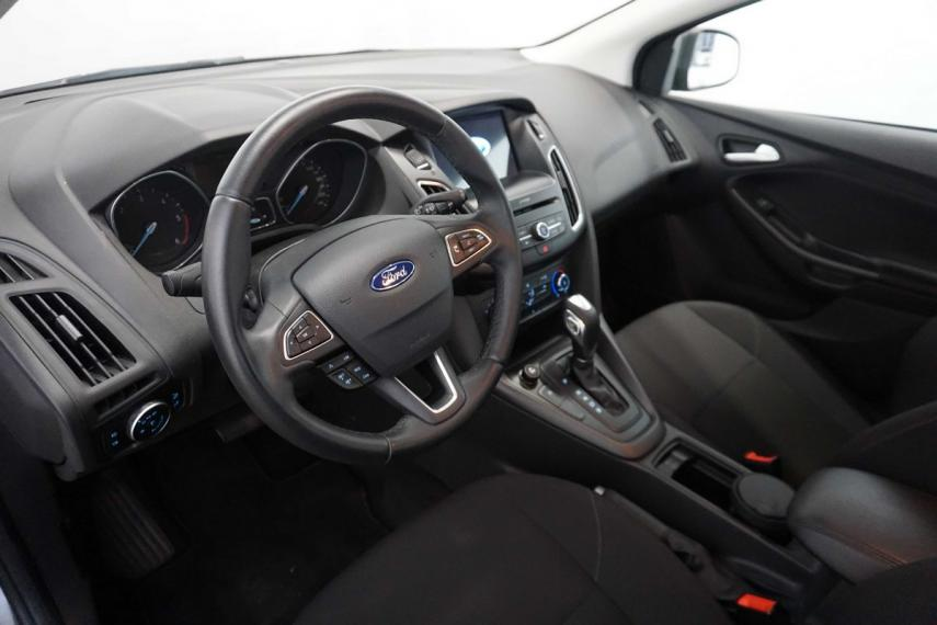 Ford Focus SW 1.5 TDCi 120 CV S&S Powershift Business Station Wagon 2015 11