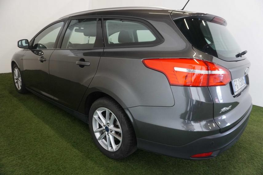 Ford Focus SW 1.5 TDCi 120 CV S&S Powershift Business Station Wagon 2015 0
