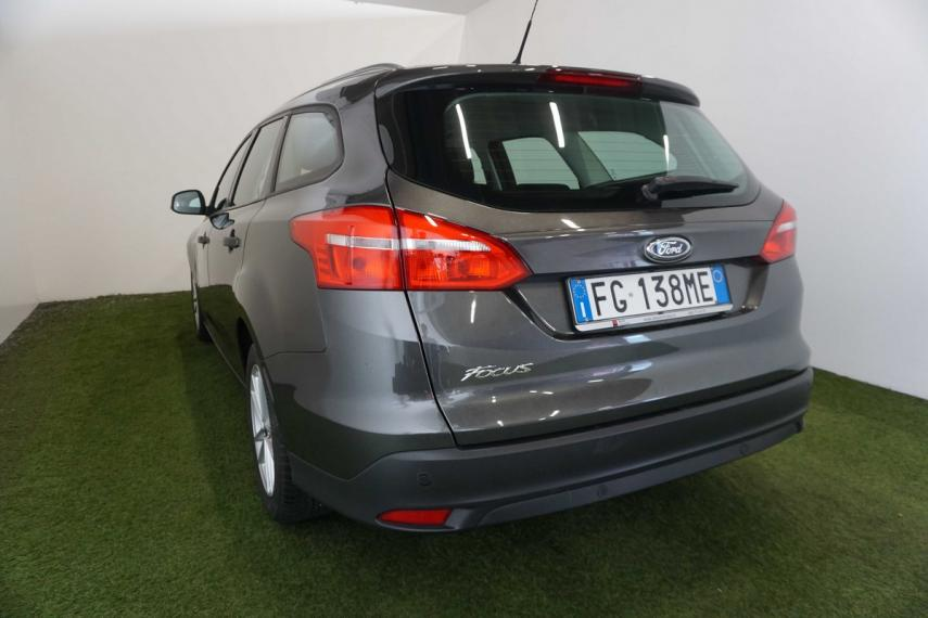 Ford Focus SW 1.5 TDCi 120 CV S&S Powershift Business Station Wagon 2015 1