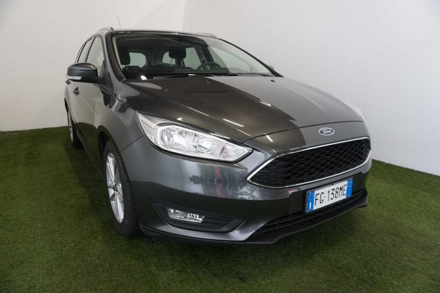 Ford Focus SW 1.5 TDCi 120 CV S&S Powershift Business Station Wagon 2015 3
